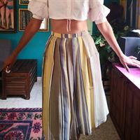 חצאית פסים יפהפייה עם כיסים מידה M