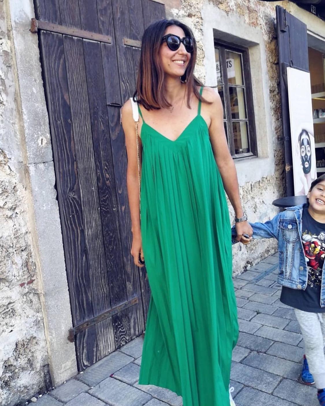 שמלת פליסה פריזאית - ירוקה