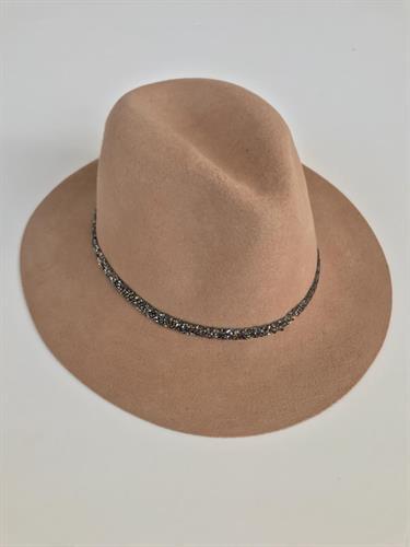 כובע שיין בז'