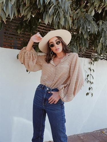חולצת נופי מכופתרת שרוול בלון - ברונזה