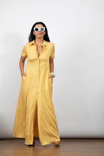 שמלת מקסי כפתורים צהובה