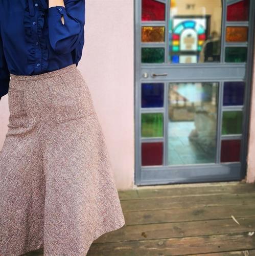 חצאית צמר נפלאה מידה S/M