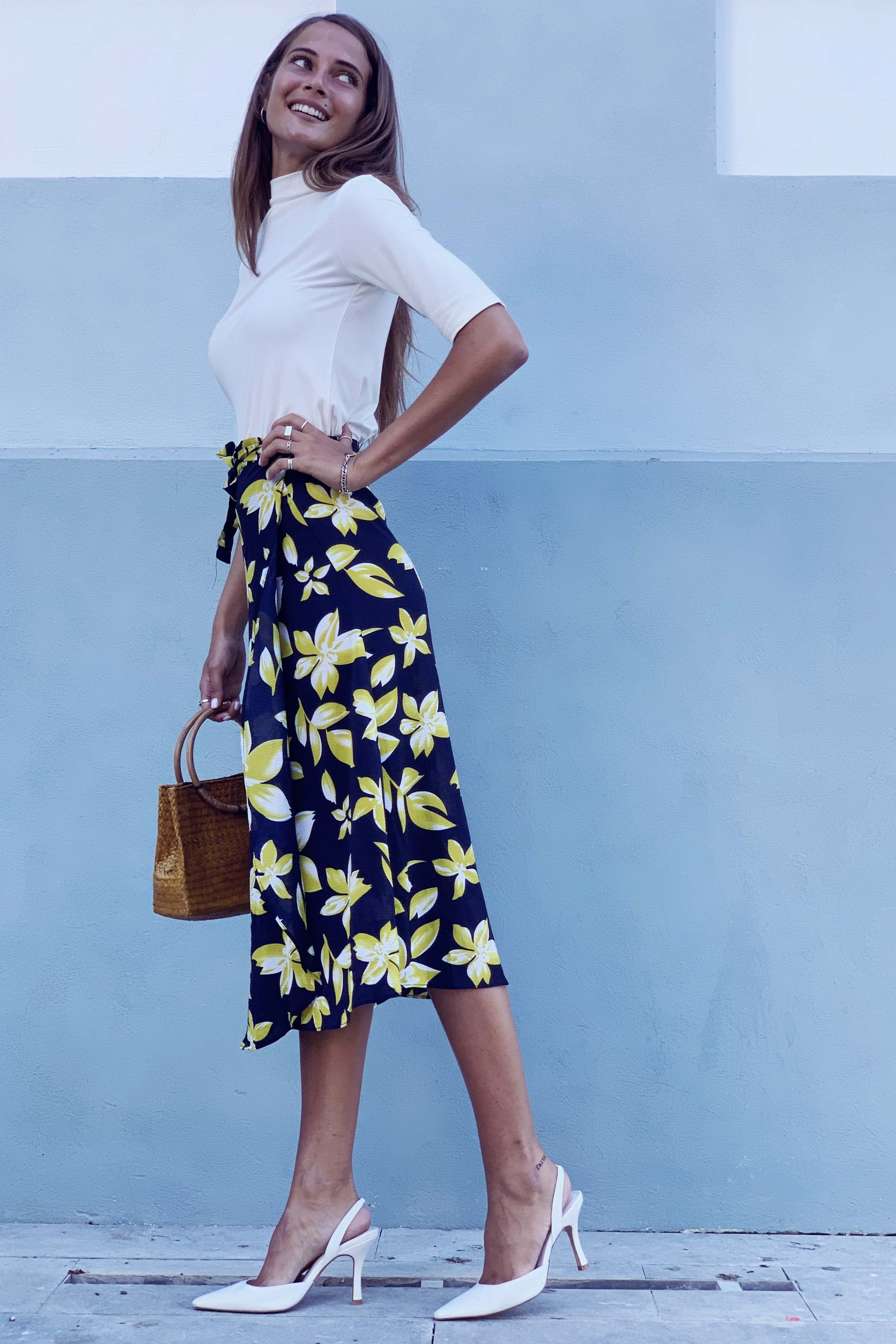 חצאית מעטפת ולנסיה פרח צהוב