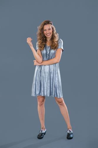 שמלת מונקו כסופה שרוול קצר