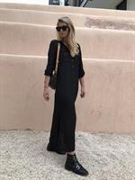 שמלת צווארון כפתורים שחורה