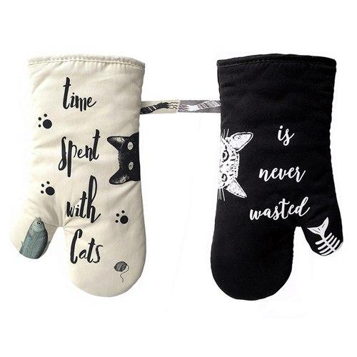 זוג כפפות לתנור דגם חתולים שחור לבן