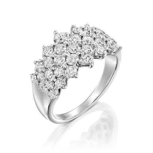טבעת מצולות היהלומים משובצת 1.5 קראט יהלומים בזהב לבן