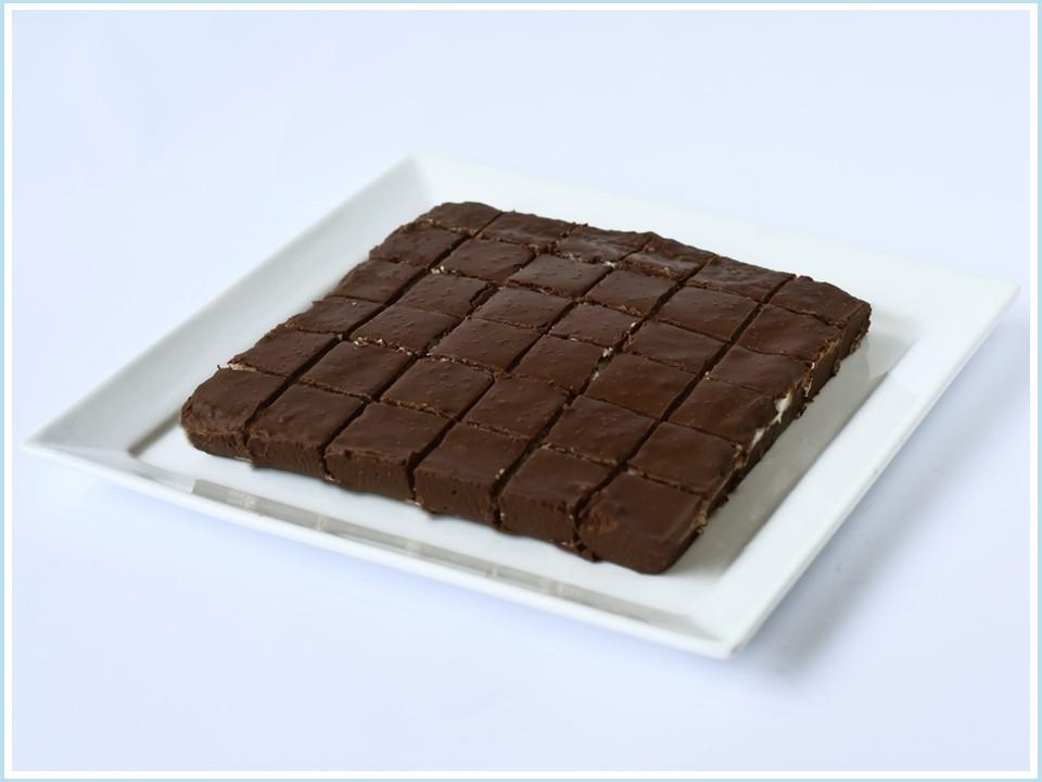 בראוניז שוקולד קוקוס - מוצר לפסח (קטניות)
