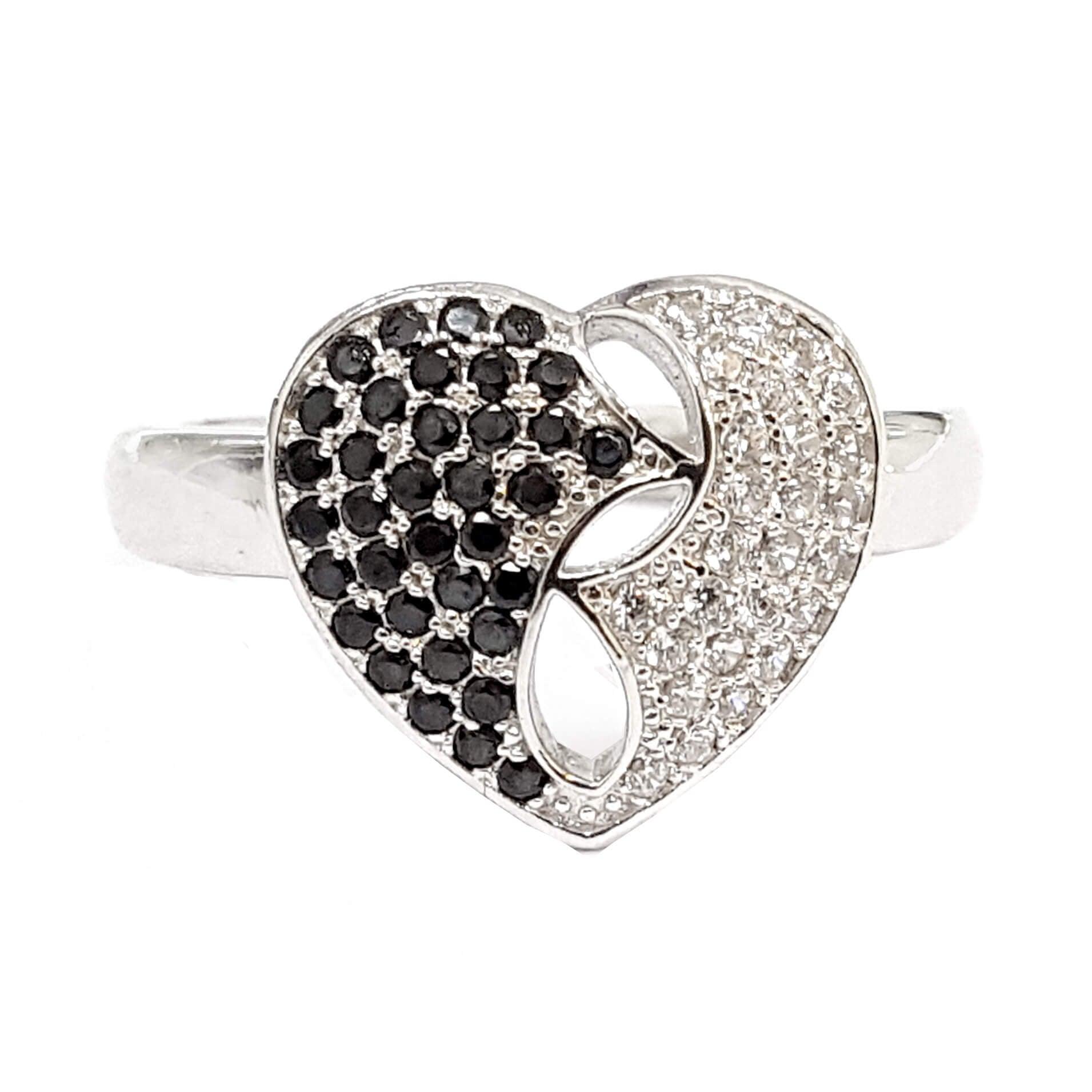 טבעת כסף לב משובצת זרקונים RG3343
