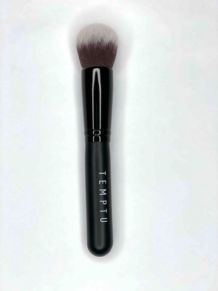 מכחול מייקאפ  Temptu duo fibre foundation brush