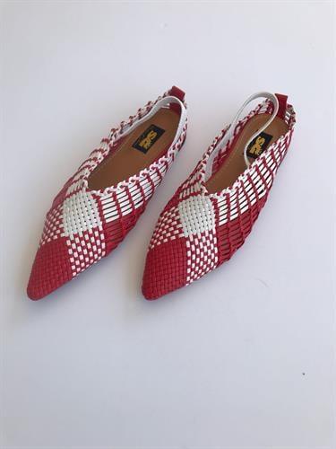 נעלי קלואי אדום לבן