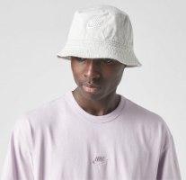 NIKE SPORTSWEAR  BUCKET HAT WHITE