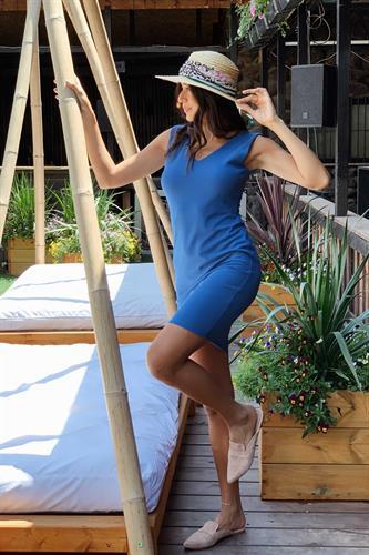 שמלת מייגן V כחולה