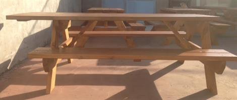 שולחן קקל מונגש לנכים 2.2