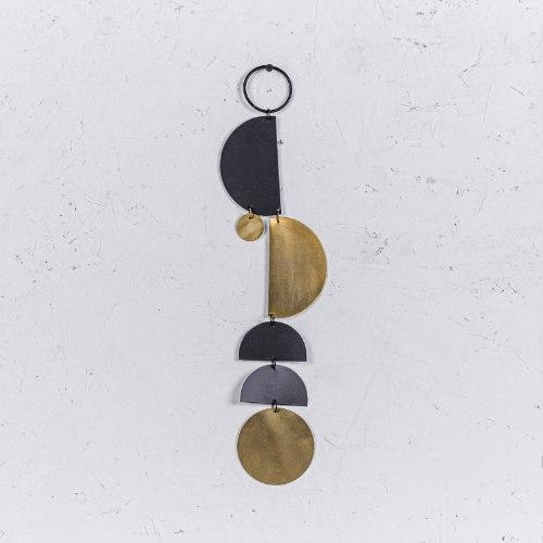 קישוט מתכת לקיר - ארוך (זהב ושחור)