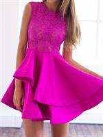 שמלת מעצבים קלילה משולבת תחרה ללא שרוולים