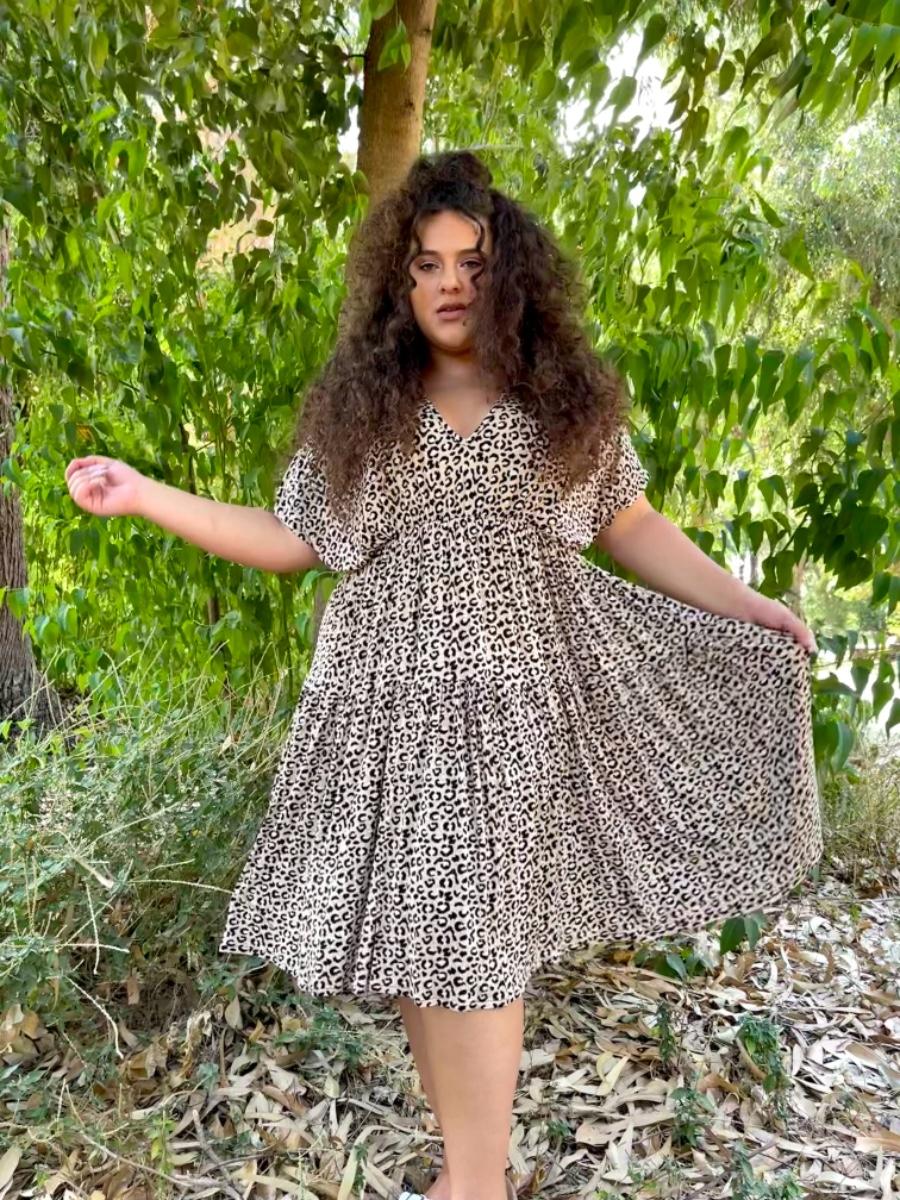 שמלת קיי מנומרת בז׳