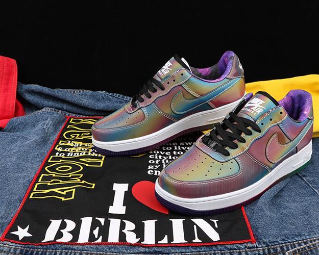נעלי ספורט מעוצבות Nike Air Force1 Reflectiv