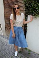 חצאית ג'ינס כפתורים כחול בהיר