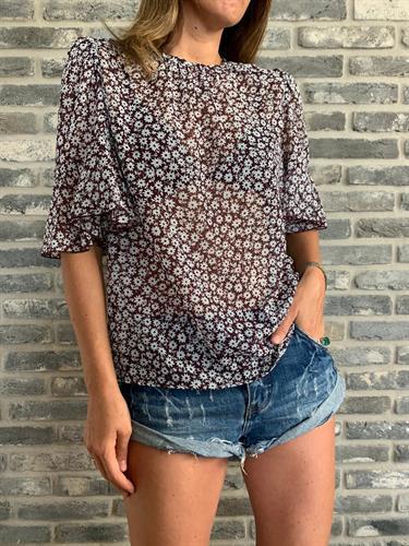חולצת ממפיס