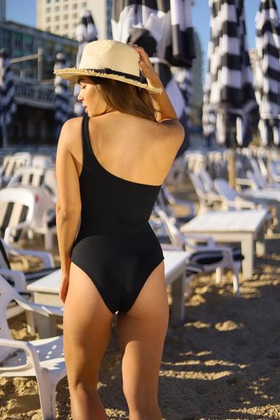 בגד ים שלם shoulder שחור