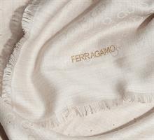 שאל shawl Salvatore Ferragamo
