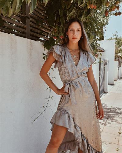 שמלת פנלופי - אבן
