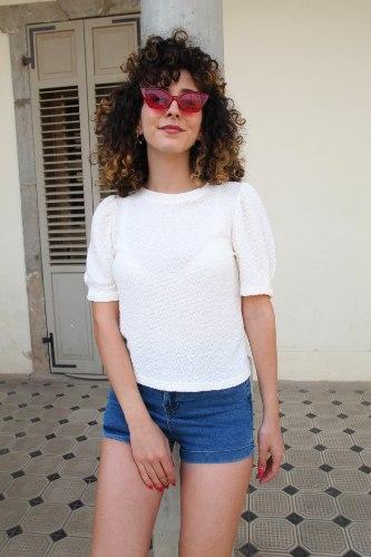 חולצת ענבר לבנה
