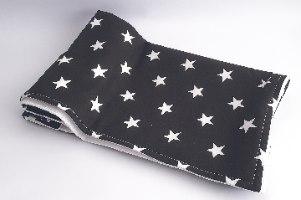 שמיכת כותנה כוכבים שחור/לבן בשילוב פיקה לבן
