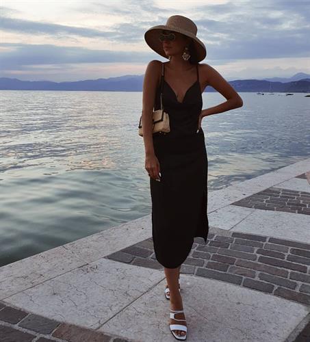 שמלת מידי דונה ליידי - שחורה