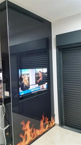 מסך זכוכית לטלויזיה 6