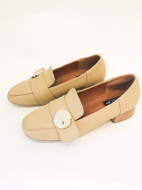 נעלי מוקסין אבזם עגול קרם