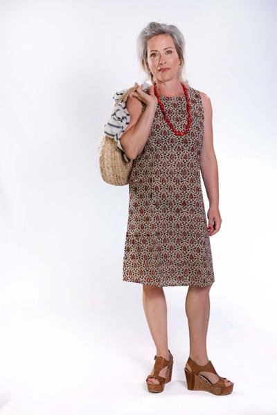 שמלת אריג כותנה באורך ברך