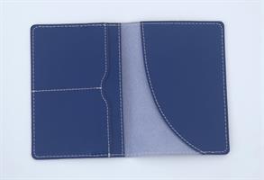 כיסוי עור לדרכון כחול נייבי עם שם