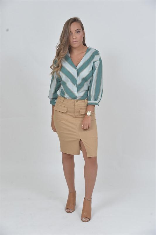 חצאית כיסים מקדימה