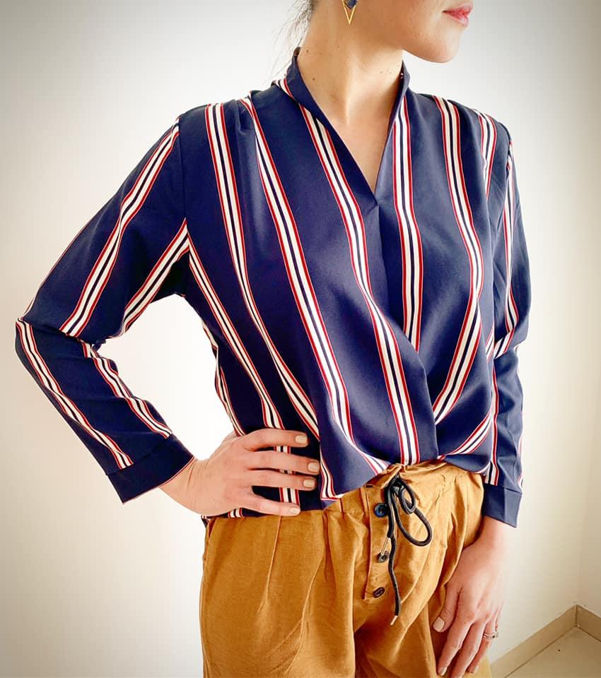 חולצת טיילור כפתורים - גוון כחול