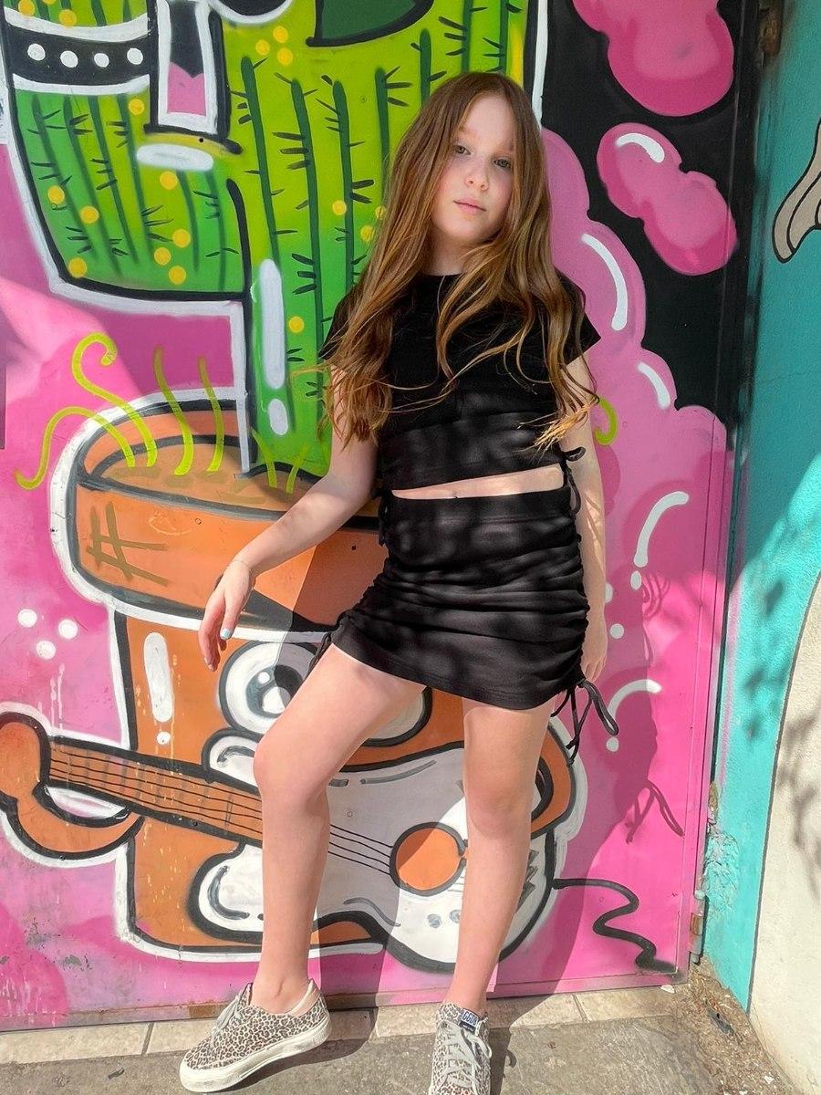 חליפת חולצה וחצאית כיווצים שחורה - 2-16