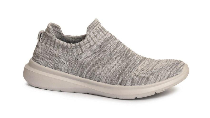 נעלי ספורט נוחות לנשים דגם - RNS002