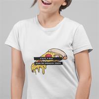 חולצת טי - A Slice a Day Keeps the Sadness Away