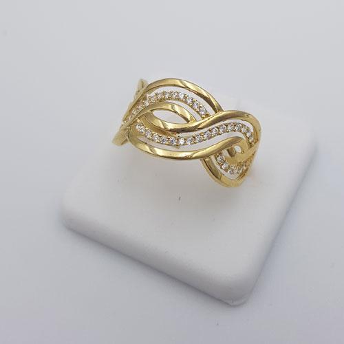 טבעת זהב 14K משבוצת זרקונים