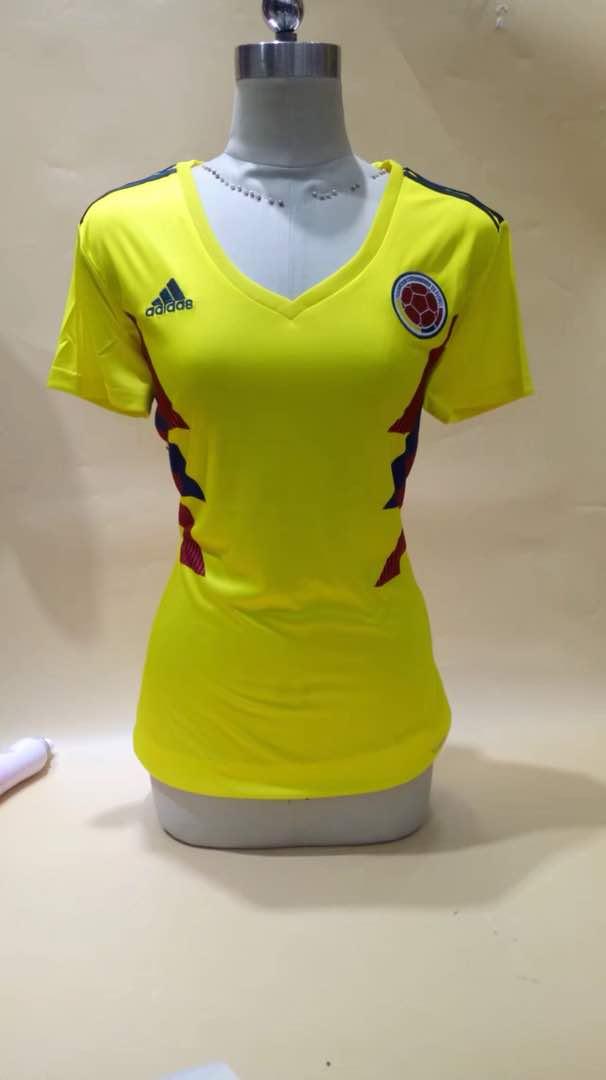חולצת נשים קולומביה