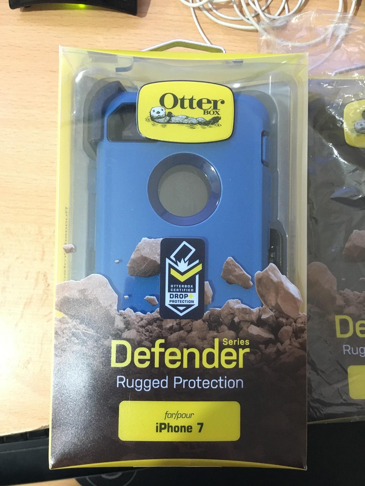 Otterbox defender תלת שכבתי (כחול) לאייפון 7