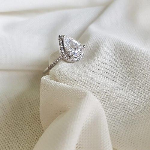 טבעת טיפה נסיה- קריסטל כסף 925