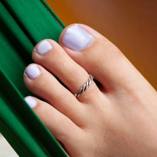 טבעת רגל טוויסט