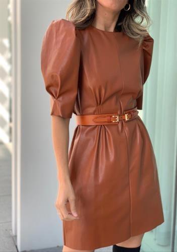 שמלת קמיליה