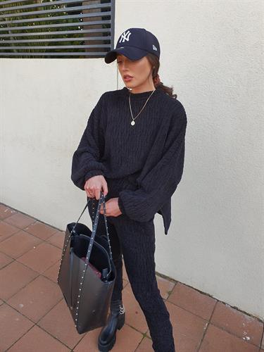 חליפת סריג - שחורה