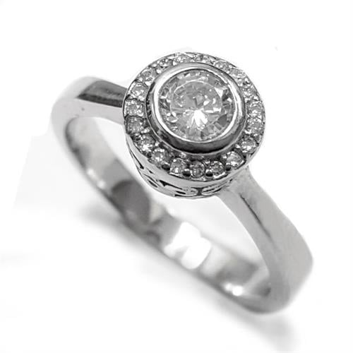 טבעת כסף משובצת זרקון סוליטר במרכזה ואבני זרקון  RG5556 | תכשיטי כסף | טבעות כסף