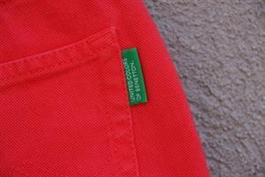 ג'ינס קצר אדום בנטון מידה S