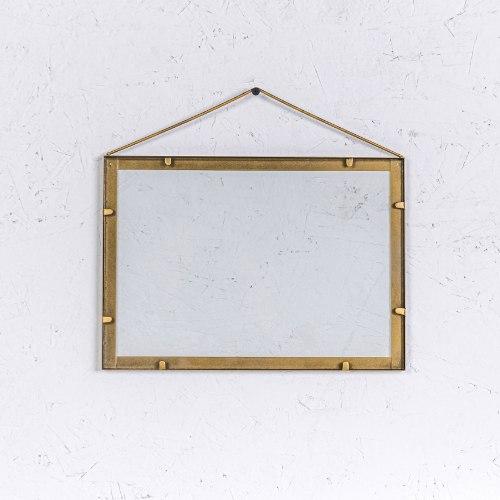 מסגרת ברזל לרוחב - גודל A4 (זהב)