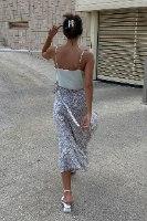 חצאית מעטפת הלנה